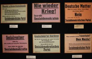 ein Teil der historischen Plakate - hier Wahlplakate zur Landtagswahl 1946