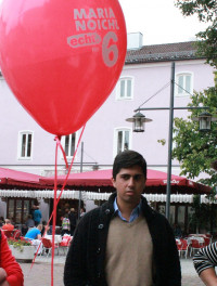 ..mit rotem Luftballon - Abuzar Erdogan